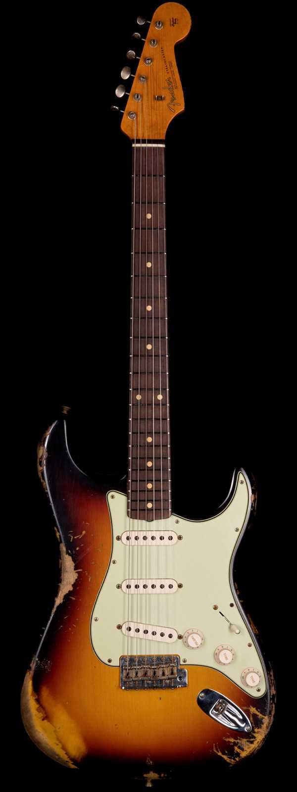 Fender Custom Shop 1963 Stratocaster Heavy Relic 3-Tone Sunburst